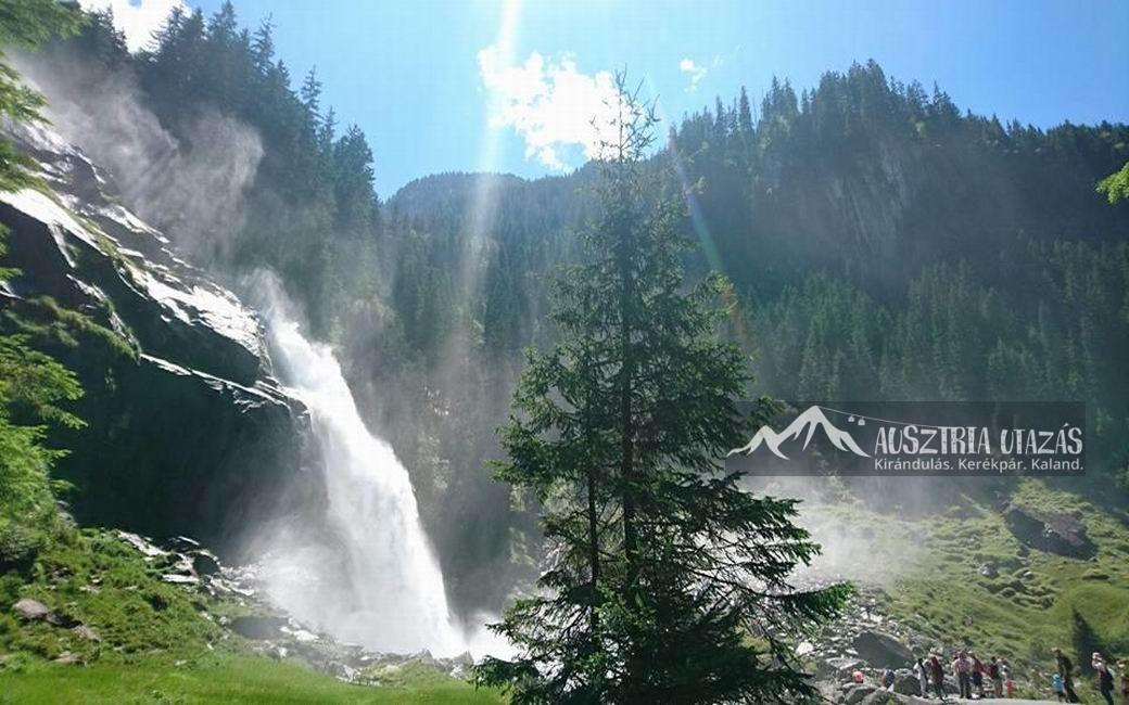 Alpesi feltöltődés a Krimmli vízesésnél