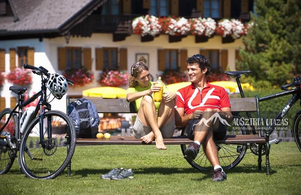 Kerékpáros kaland a Salzkammerguti-tóvidéken