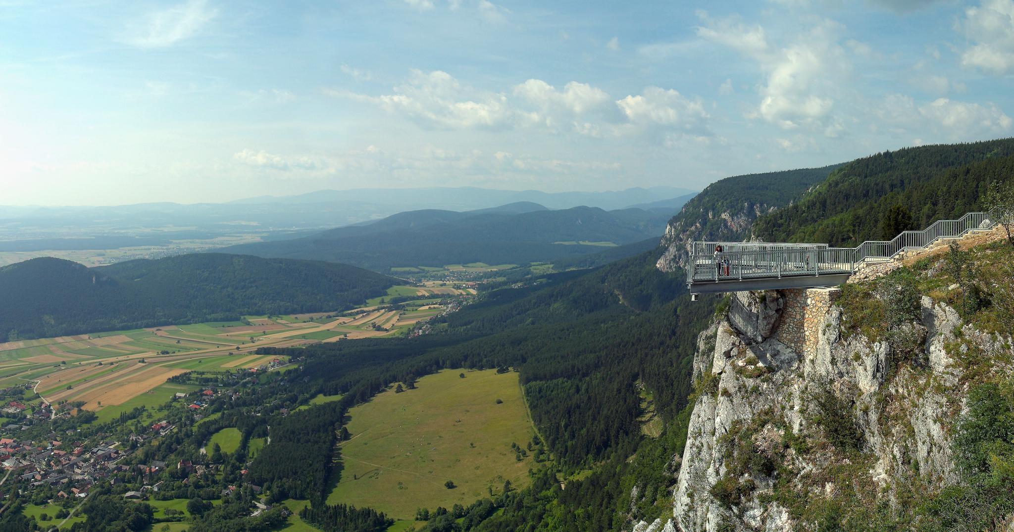 Felemelő Ausztria
