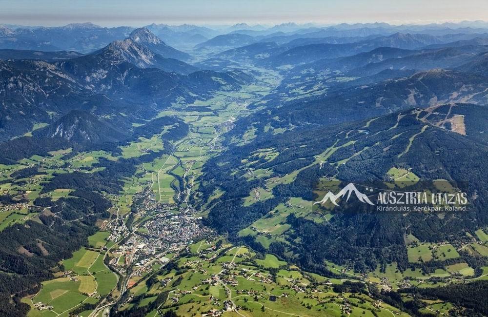 Dachstein_Ennstal-mit-Schladming