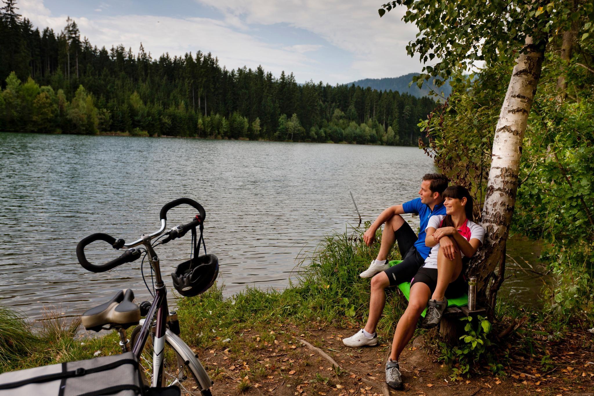 Kerékpárral a Mura-mentén Graz városáig