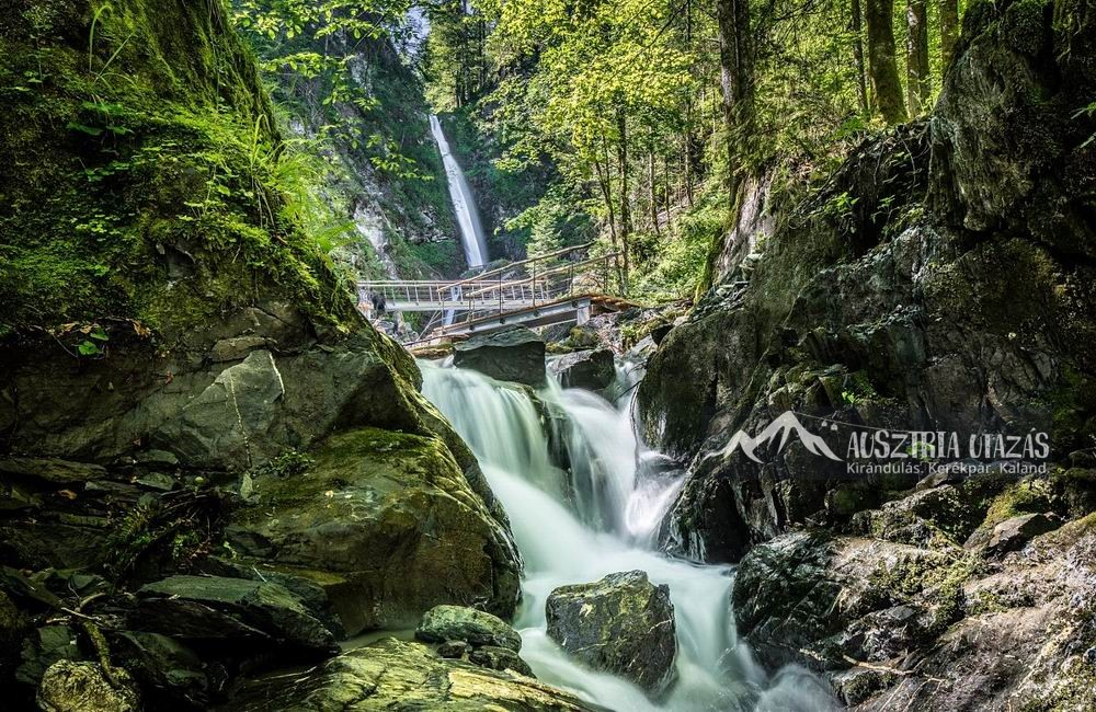 Eifersbacher-wasserfall-in-st.-johann-in-tirol